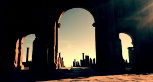 timgad-algeria-trajan-arch