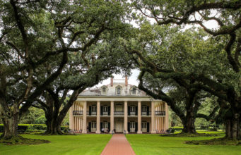 new orleans plantation country - oak alley plantation