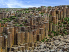 giant's causeway basalt columns northern ireland