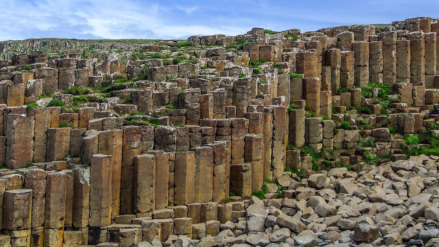 giant's causeway basalt columns northern ireland