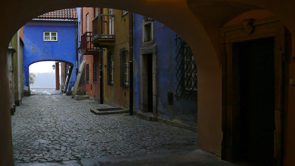 old town warsaw alley